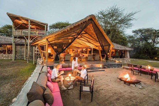 Lake manyara luxury safari